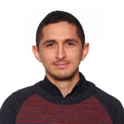 Luis <br />Hernandez